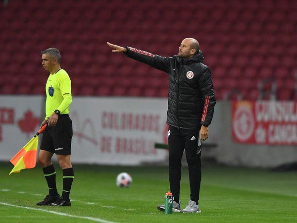 Treinador espanhol não resistiu à eliminação na Copa do Brasil. Foto: Ricardo Duarte