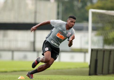 Zagueiro alvinegro tem contrato até o final do mês de junho. Foto: Rodrigo Coca/Ag Corinthians