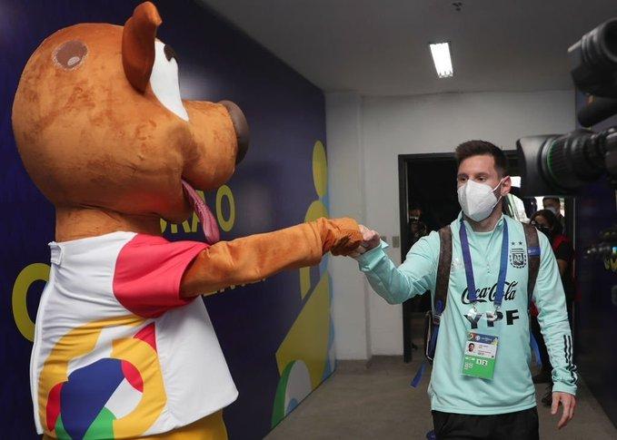 Lionel Messi tem presença garantida para o confronto. Foto: Divulgação