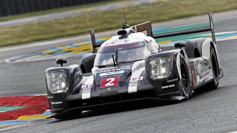 O #2 assumiu a liderança quando restavam seis minutos para o término da prova. Foto: Porsche/Divulgação