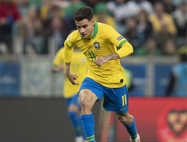 Na seleção, Coutinho virou um dos pontos mais questionáveis de Tite no trabalho pós-Copa