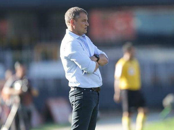 Treinador uruguaio assinou contrato até dezembro de 2022. Foto: Rubens Chiri/saopaulofc.net
