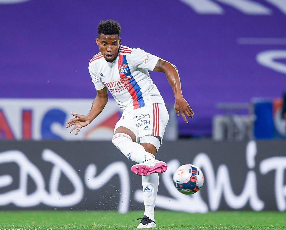 Thiago Mendes deve seguir no clube francês, disse o diretor de futebol do Lyon. Foto: Facebook/Reprodução