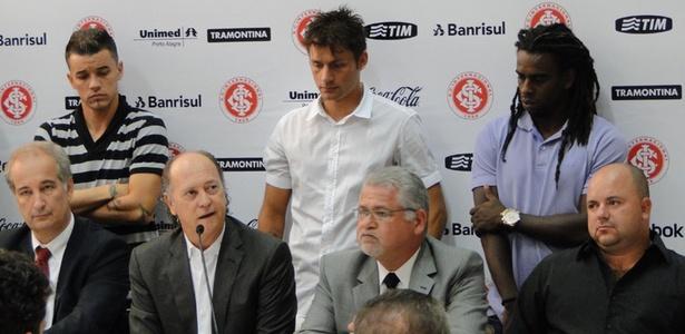 Roberto Siegmann, candidato à presidência do Internacional, cogita contratar Paulo Roberto Falcão para o cargo de técnico caso vença a disputa eleitoral