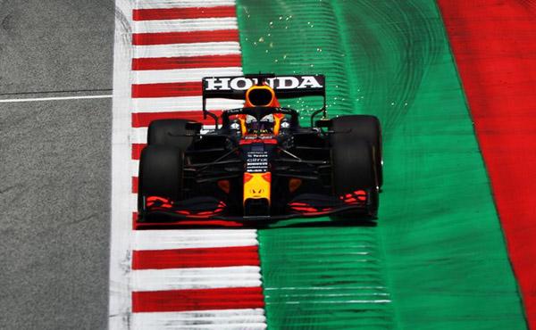 Holandês liderou os dois treinos livres para o GP da Estíria. Foto: Red Bull Racing Honda