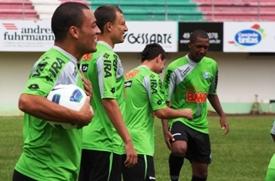 Renan Oliveira, Junior Urso, Lincoln, Jackson e Lima, reforçam o clube
