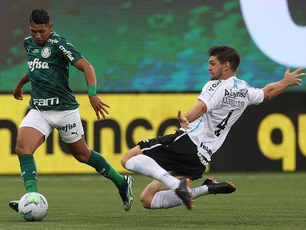 Verdão ocupa o terceiro lugar na tabela, enquanto o Tricolor Gaúcho é o lanterna do campeonato. Foto: Cesar Greco