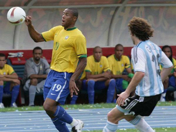 Meia brasileiro marcou um golaço na final da competição em 2007. Foto: Sergio Pinto/CBF