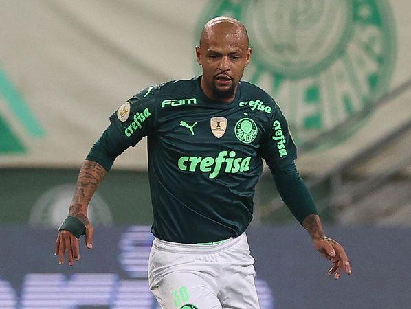 Volante do Verdão tem vínculo com o Verdão até dezembro e não deve permanecer no clube. Foto: Cesar Greco
