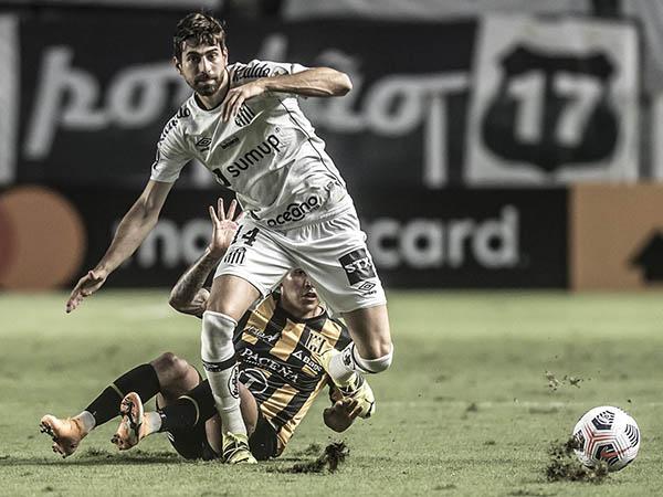Zagueiro santista foi negociado com o Olympique de Marselha. Foto: Ivan Storti/Santos FC