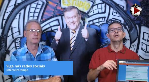 João e Frank ainda sortearam uma bola oficial da Copa América no programa. Foto: Reprodução