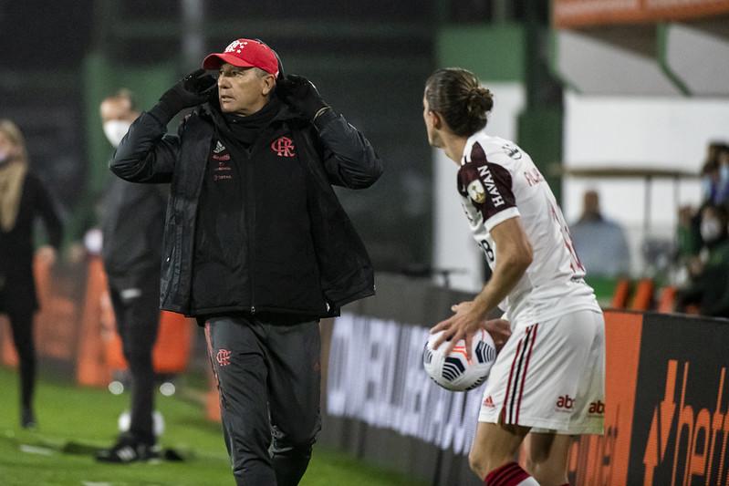 Renato estreou pelo Fla na última quarta-feira (14). Foto: Alexandre Vidal/Flamengo