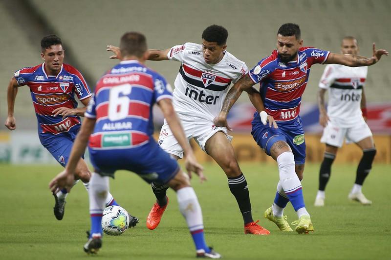 Tricolor tem longa lista de desfalques para a partida. Foto: Rubens Chiri/saopaulofc.net